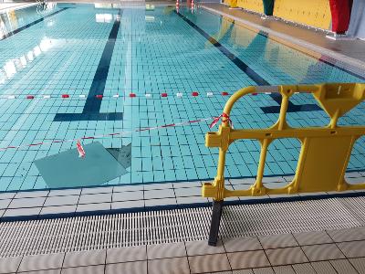 Carrelage ça bouge à la piscine du Loroux-Bottereau pendant le confinemente02